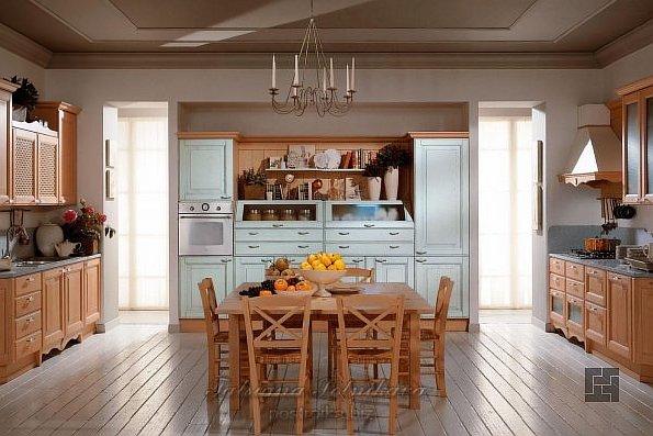 Кухня тёплых оттенков в классическом стиле