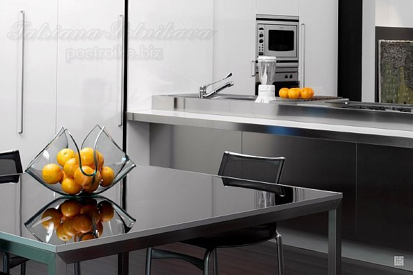 1357755349_1680_unusual-fruit-bowl-on-the-kitchen-table