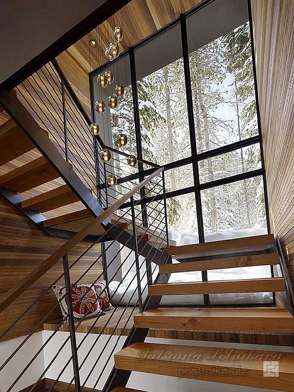 Лестница внутри дома Sugar Bowl