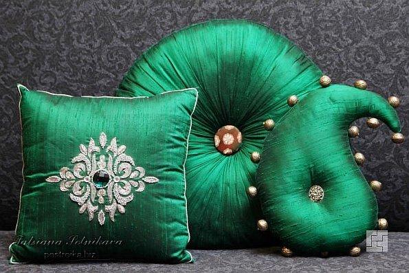 «Мягкий» домашний декор своими руками, или Почему подушек много не бывает
