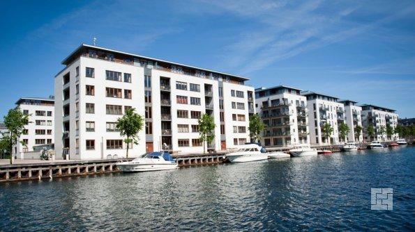 дома в Копенгагене у берега