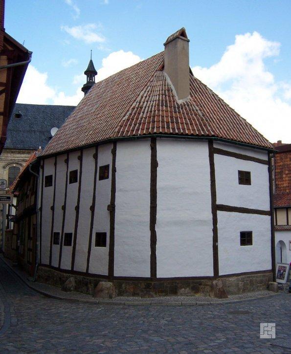 Самый древний фахтверковый дом стоит уже более 700 лет в немецком городе Кведлинбурге