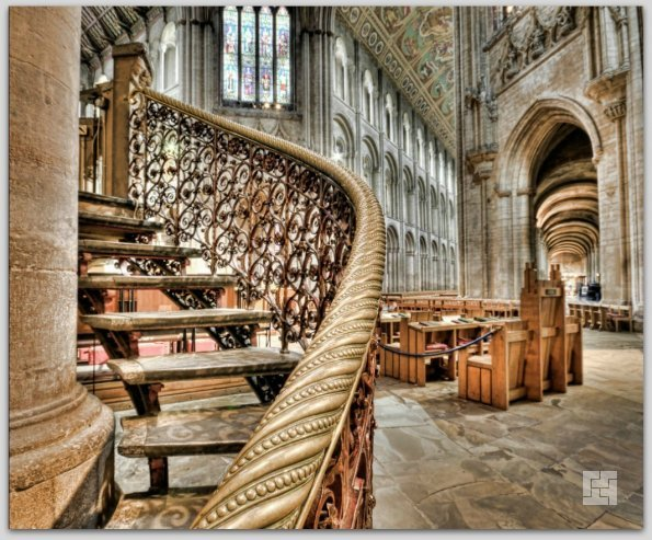Лестница в соборе Или, Англия