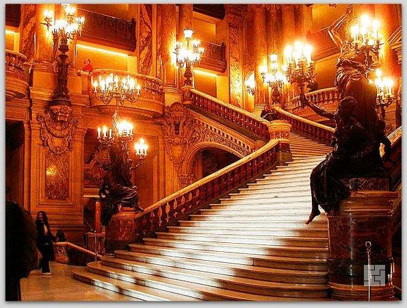 Лестница Grand Operа, Париж