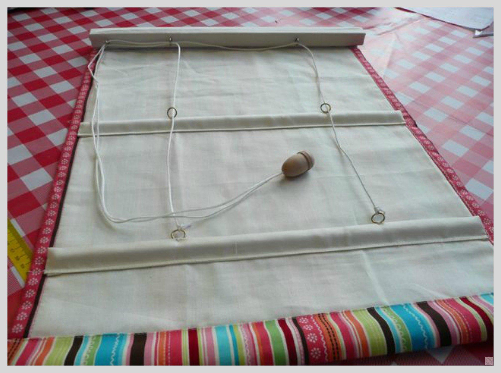 Как самостоятельно сделать рулонную штору своими руками