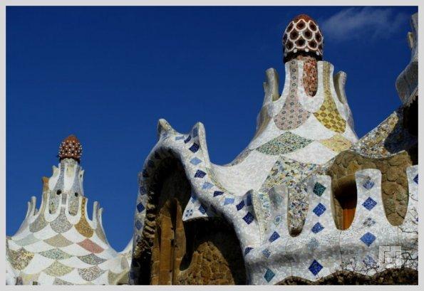 Пряничный домик в Парке Гуэля. Арх.Антонио Гауди
