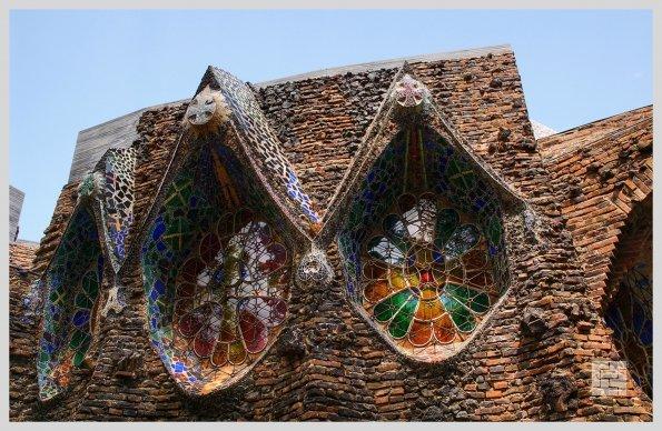Крипта Колонии Гуэль, Барселона, арх.Антонио Гауди