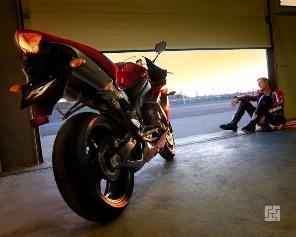 боскс для мотоцикла