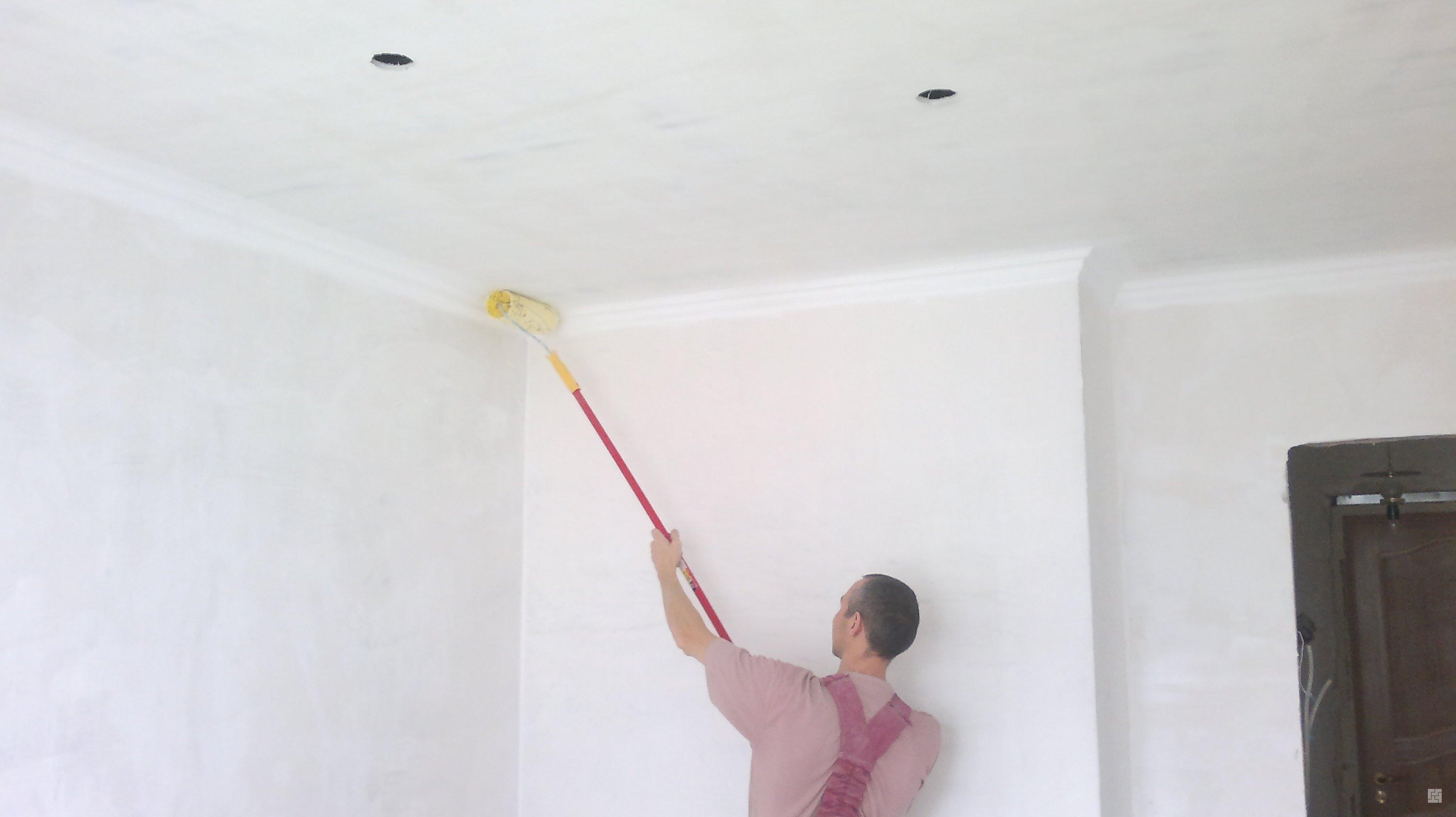 Чем побелить потолок своими руками