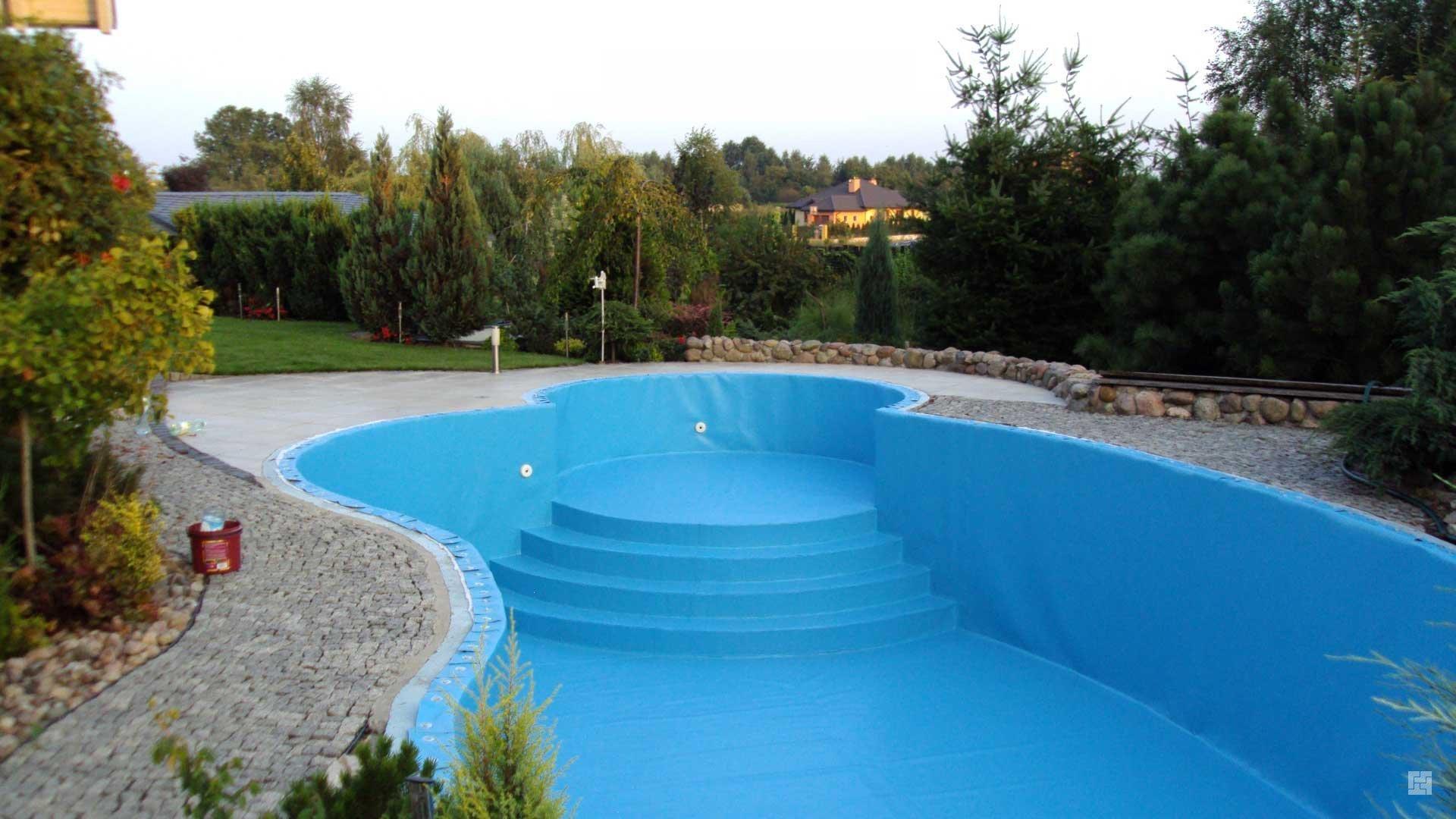 Как сделать бассейн во дворе своими руками