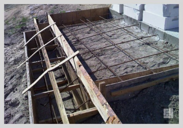 Арматурная связка для бетонного крыльца