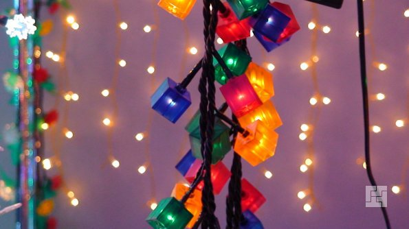 Новогодние гирлянды для украшения квартиры