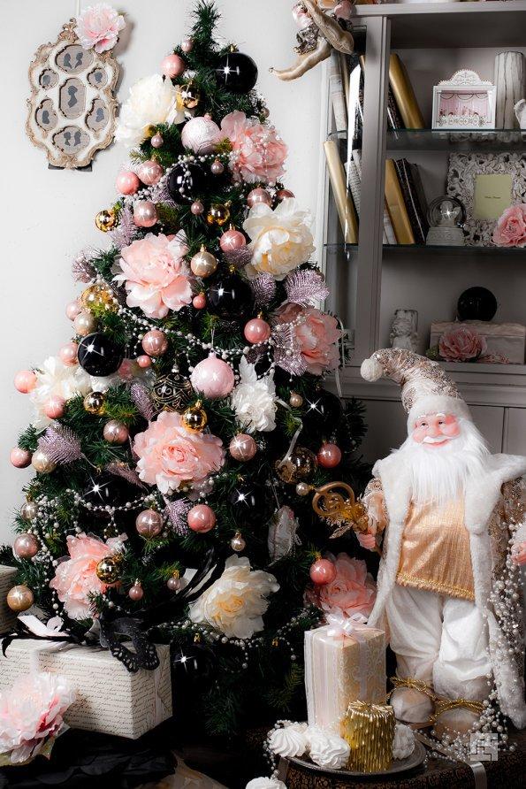Для исполнения желаний елку надо ставить в определенное место в доме