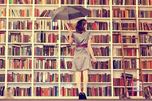 девушка и книги книги книги