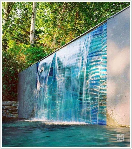 современный водопад