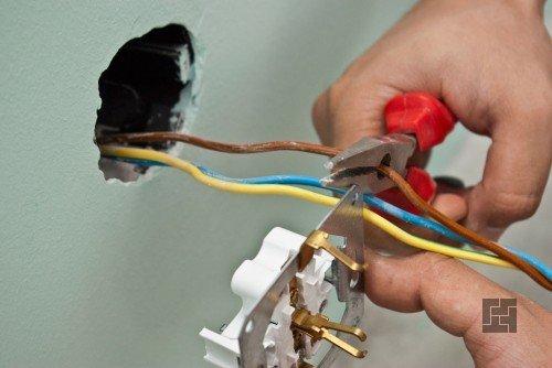 Разводка проводов для розетки