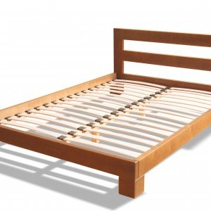 Простой деревянный каркас для кровати