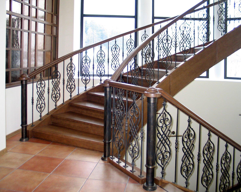Кованые лестницы на фото: само совершенство…