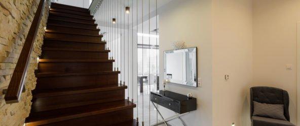 Для частного дома хорошая лестница – надежная лестница!