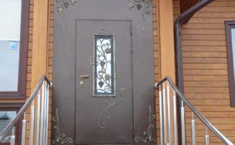 Что нужно знать, выбирая уличные металлические двери?