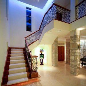 Монолитная лестница не второй этаж