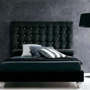 Мягкое изголовье кровати с ромбическим рисунком