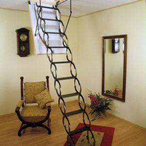 Складная лестница на мансарду