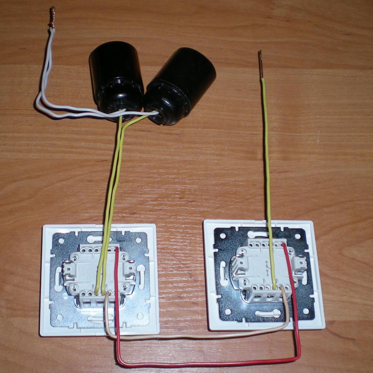 Подключение проходного двойного переключателя схема