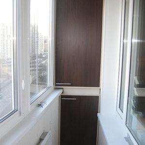 Шкаф для узкого балкона