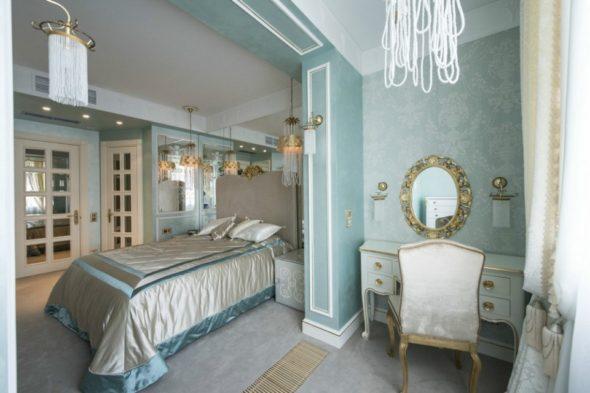 Спальня в нежно-голубых тонах в стиле тиффани