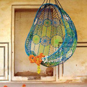 Кресло-кокон вязаное