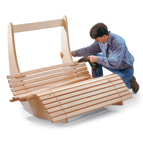 Крепление перекладин к боковинам кресла