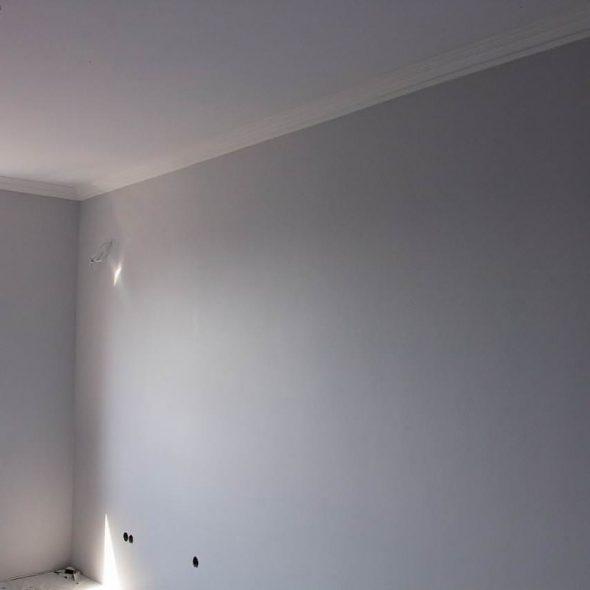 Окрашенная стена
