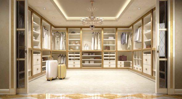 Просторная светлая гардеробная комната