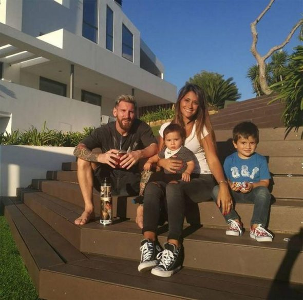 Лионель Месси с семьёй
