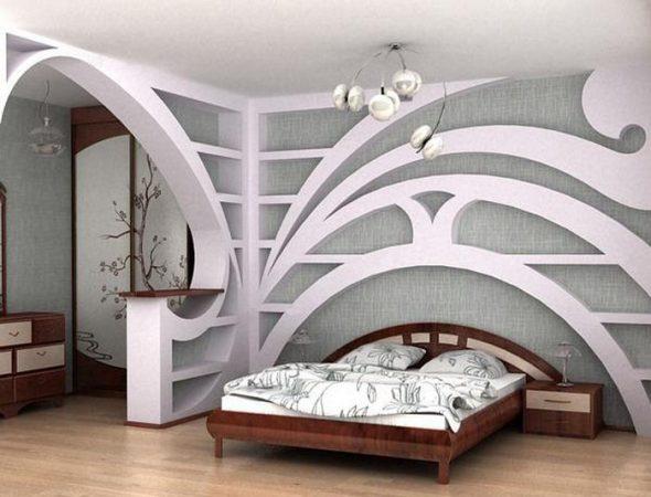 Оригинальная арка в интерьере спальни
