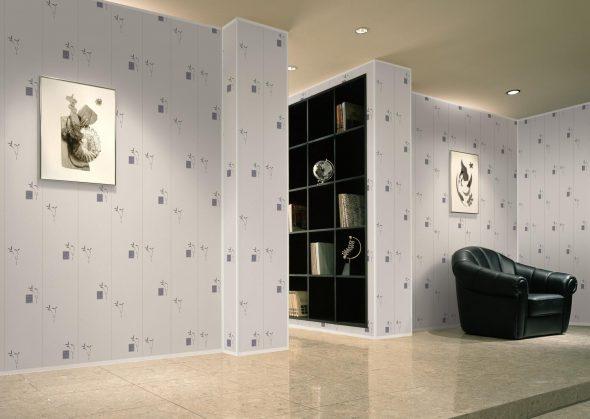 Отделка стен ПВХ-панелями в холле