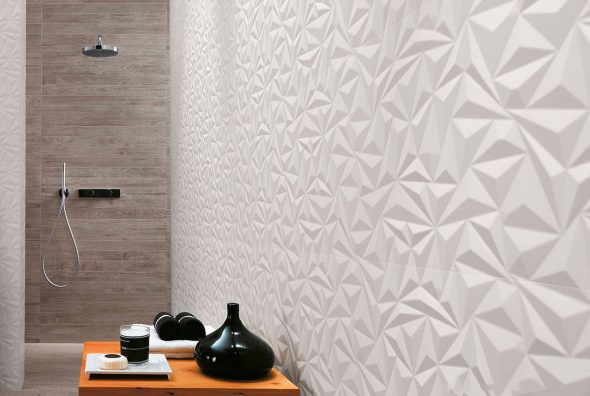 Оригинальная отделка стен в ванной комнате