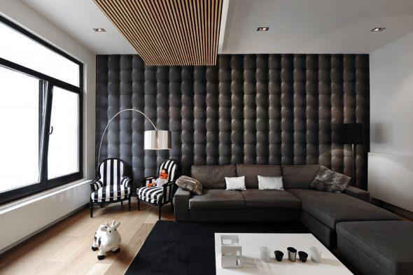 Рельефная отделка стен в гостиной