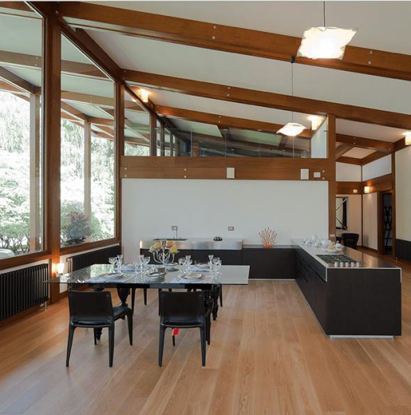 Кухня-столовая в стиле хай-тек