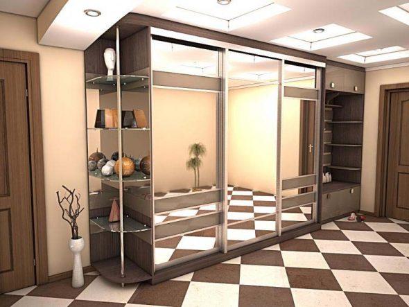 Шкаф-купе в прихожей со встроенными зеркалами