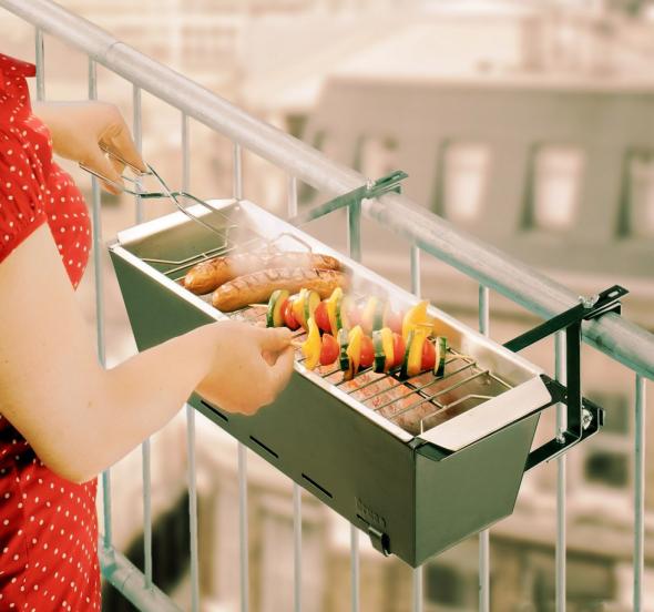 Мини-гриль на балконе