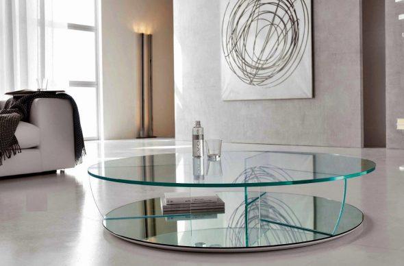 Круглый стеклянный журнальный столик
