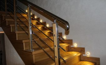 Освещение лестницы