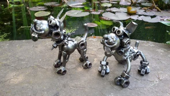 Собаки из гаек