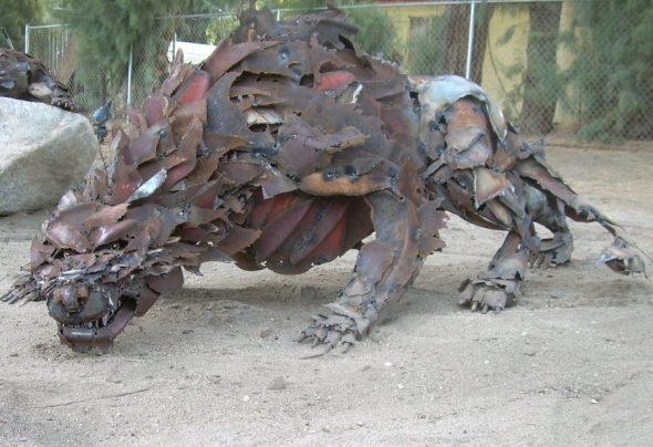 Хищник из металлолома