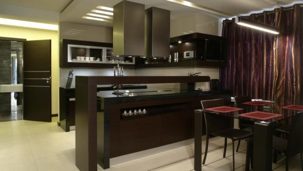 Тёмные цвета в интерьере кухни