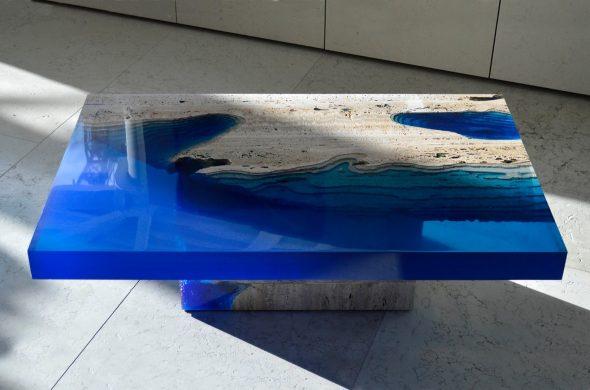 журнальный столик из бетона и эпоксидной смолы