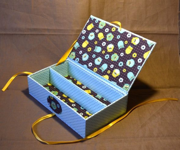 старая коробка для хранения мелочей