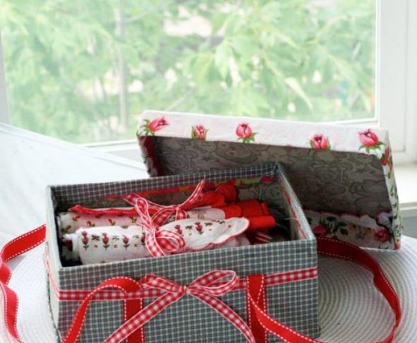 Корзинка для пикника из обувной коробки